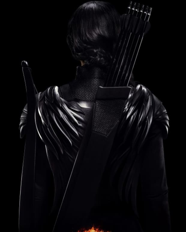 the-hunger-games-mockingjay-part-1-2014-movie-review