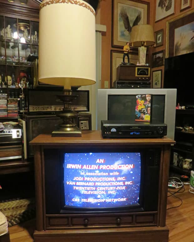 the-very-rare-crosley-color-television-model-number-cc2546-p102