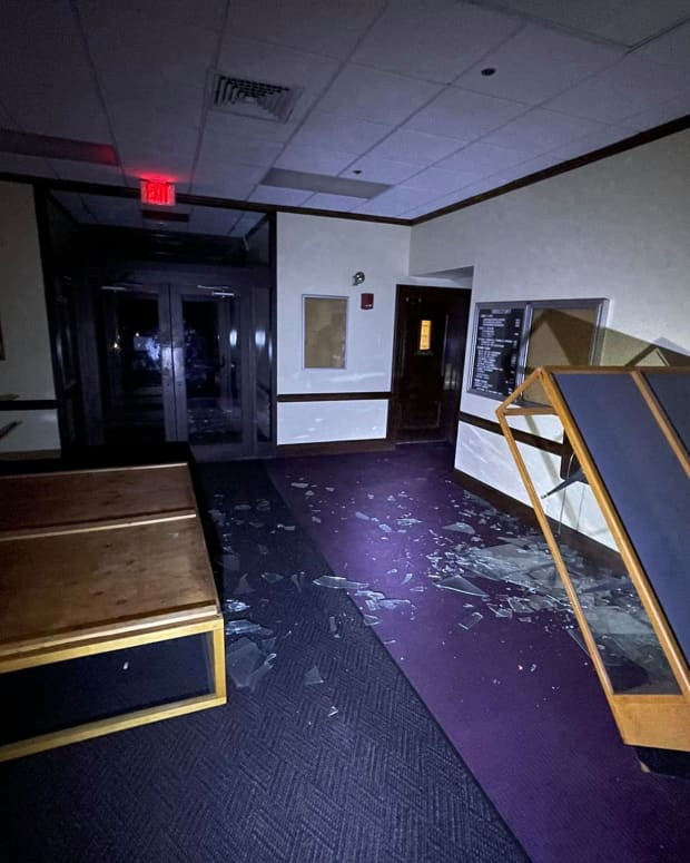 death-of-dowling-college-1968-2016