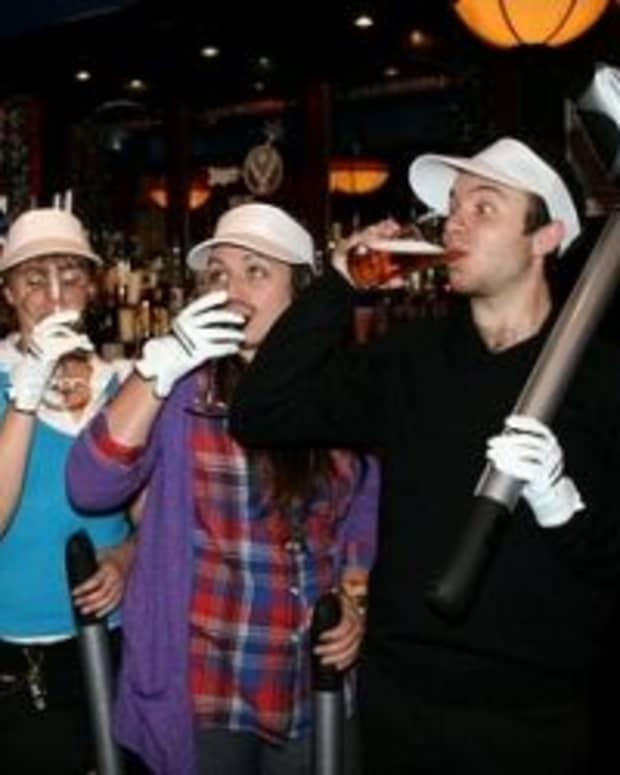 pub-golf-outfits