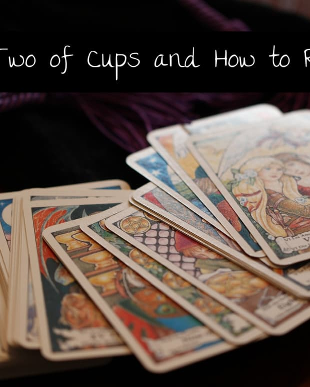 the-two-of-cups-in-tarot-and-how-to-read-it
