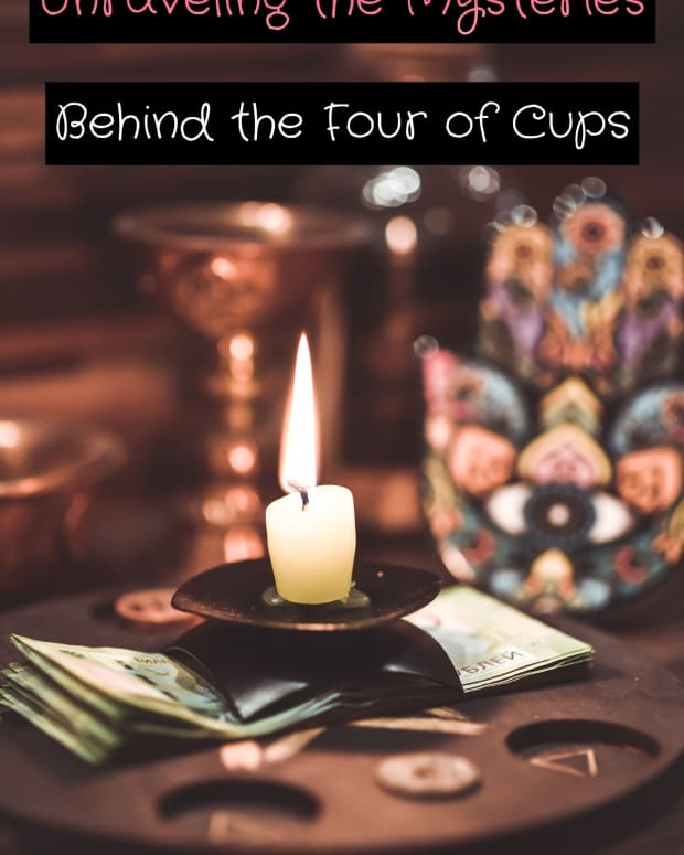 the-four-of-cups-in-tarot-and-how-to-read-it