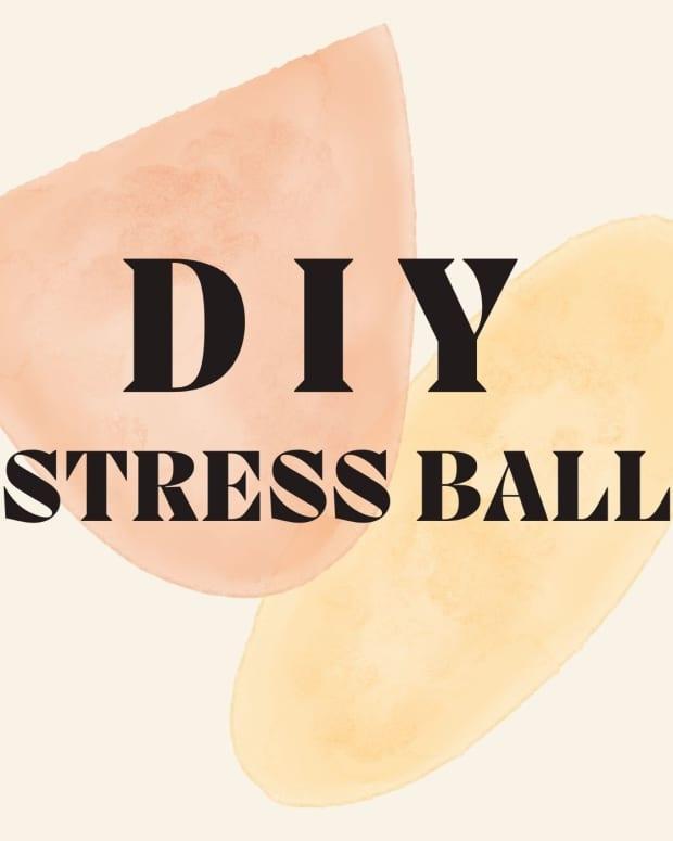 diy-stress-plushie