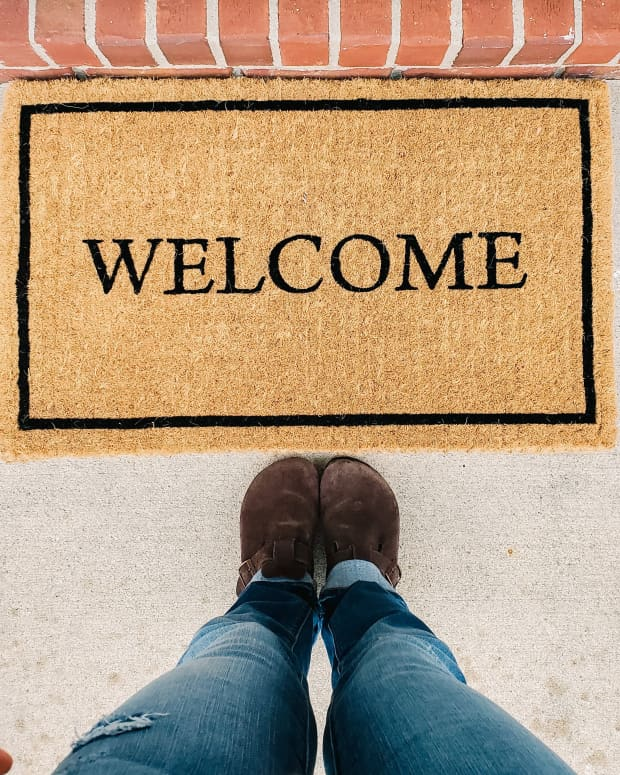 7-dos-and-dont-for-house-guests-to-guarantee-youll-always-be-greeted-with-open-arms