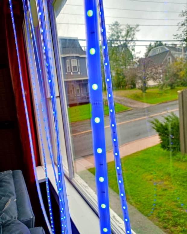 review-of-the-novostella-525-foot-smart-strip-light