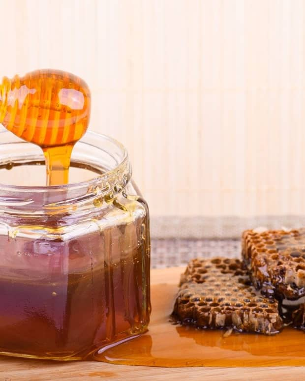benefits-of-honey-for-children-adults-old-age