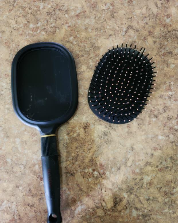 fix-a-broken-hair-brush