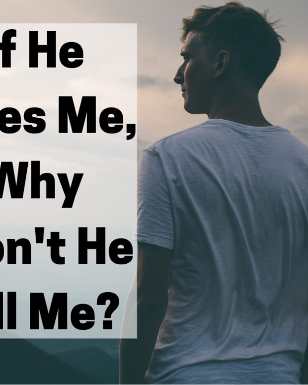 5-reasons-a-guy-might-actually-like-you-but-doesnt-act-like-it