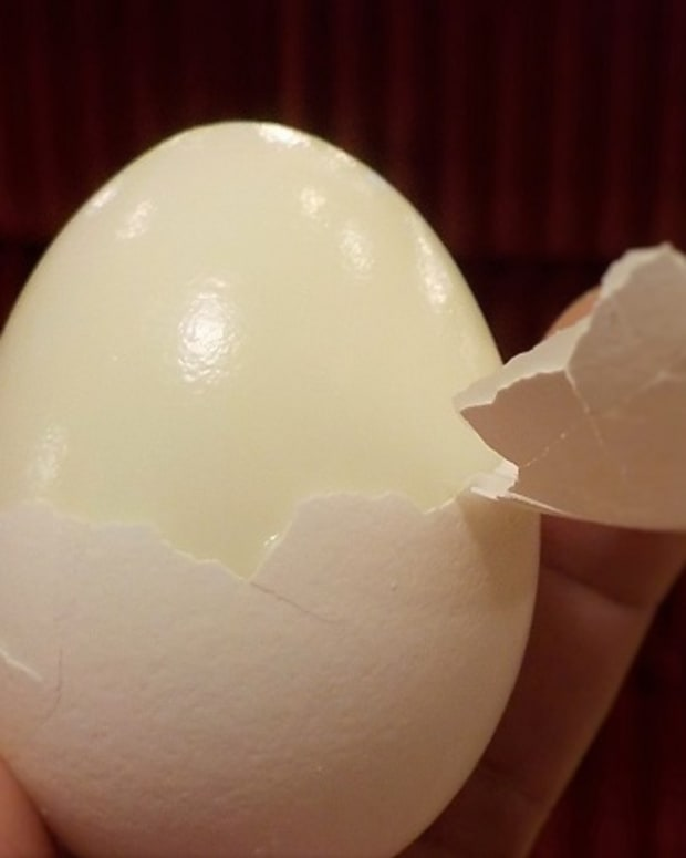 how-to-make-hard-boiled-eggs-that-are-easy-to-peel
