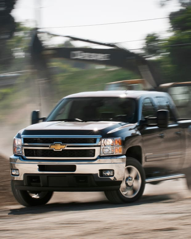 a-side-by-side-comparison-of-the-2011-chevy-ford-and-dodge-diesel-trucks
