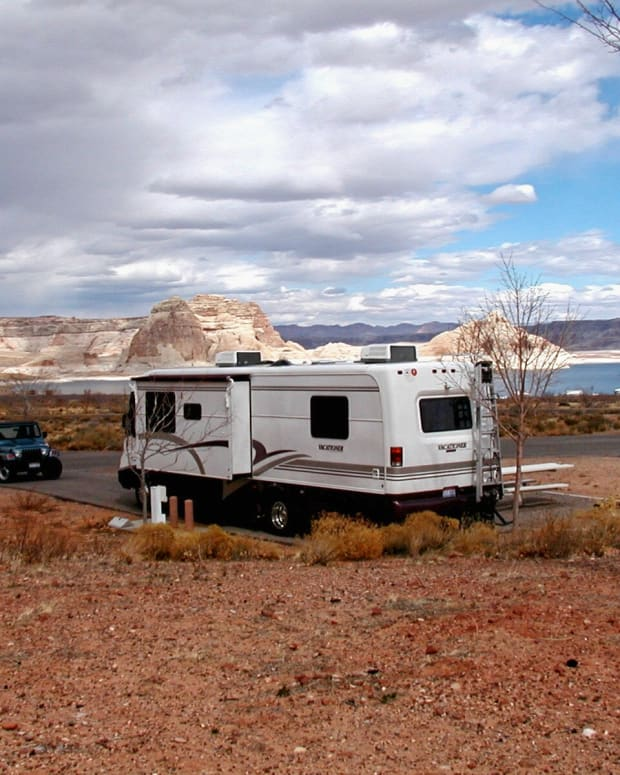 rving-full-time-while-living-on-less