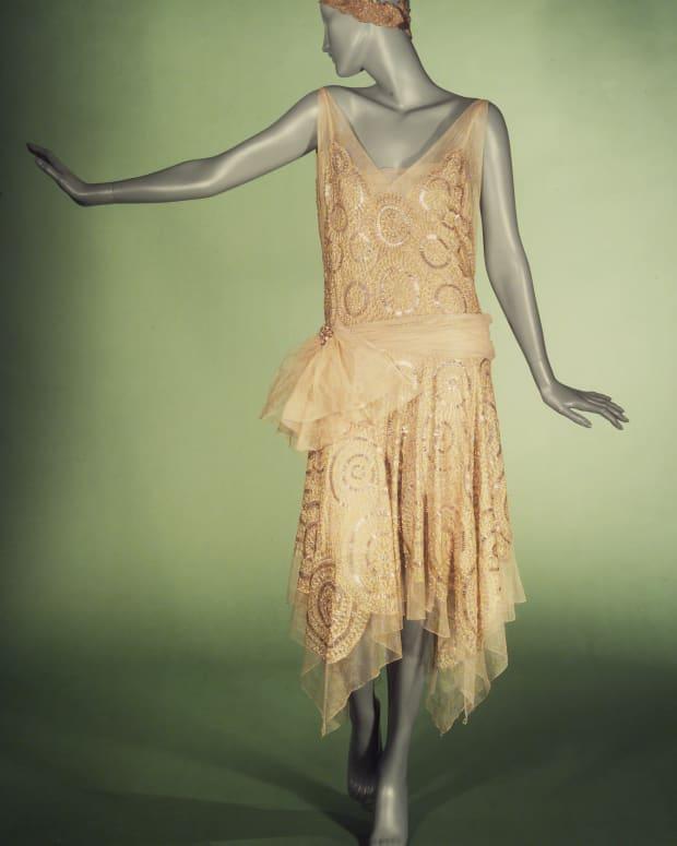 womensfashionsofthe1920-flappersandthejazz-age
