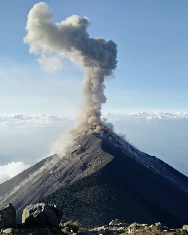 volcanoes-how-do-volcanoes-erupt