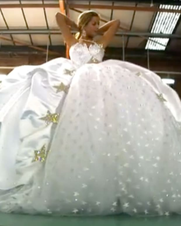 the-worlds-most-unusual-wedding-dresses