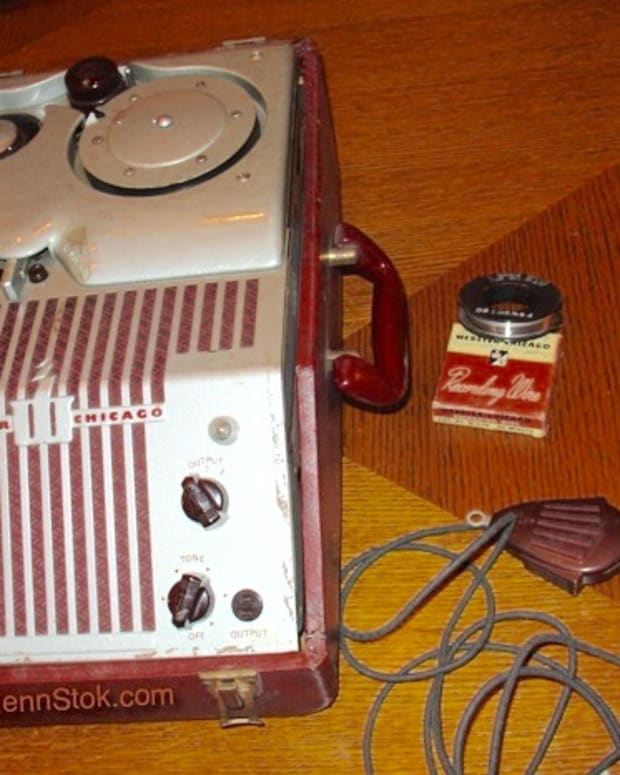 vintage-wire-recorder