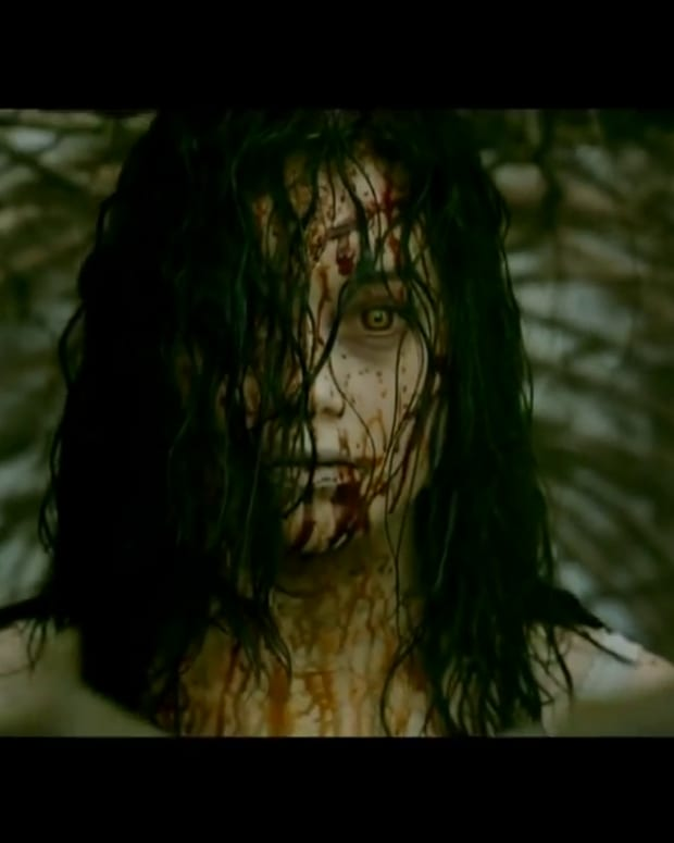evil-dead-2013-review-hardcore-drugs-as-deadites