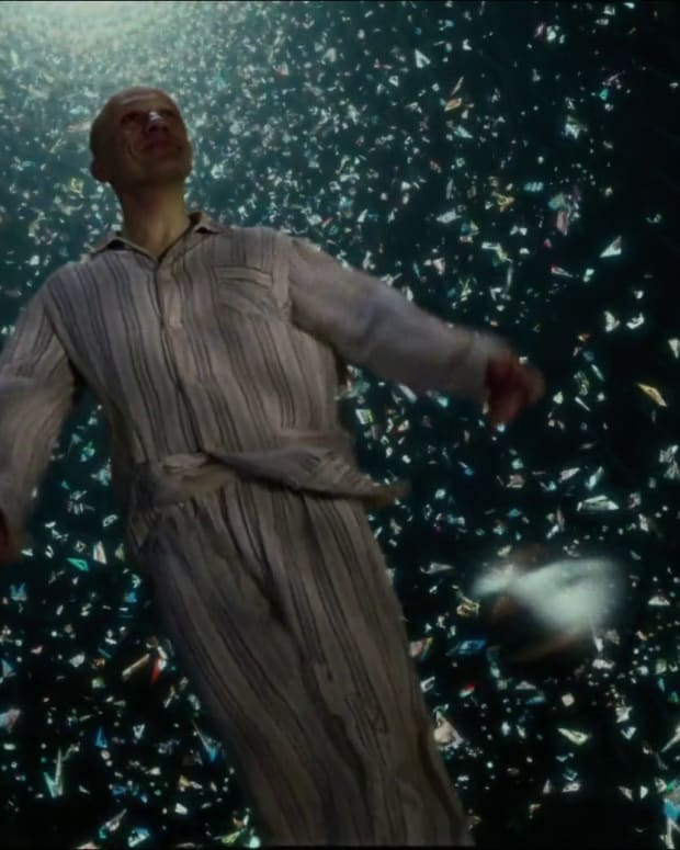 gilliams-black-hole-the-zero-theorem-review