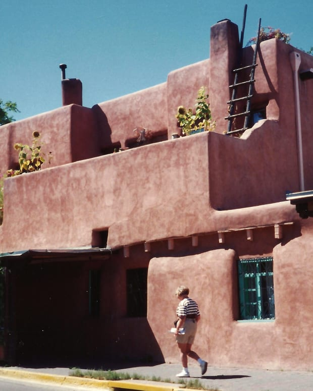 vacation-santa-fe-pictures-of-oldest-church-and-oldest-house-in-usa