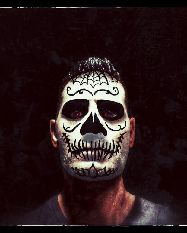 meaning-dia-de-los-muertos-face-painting