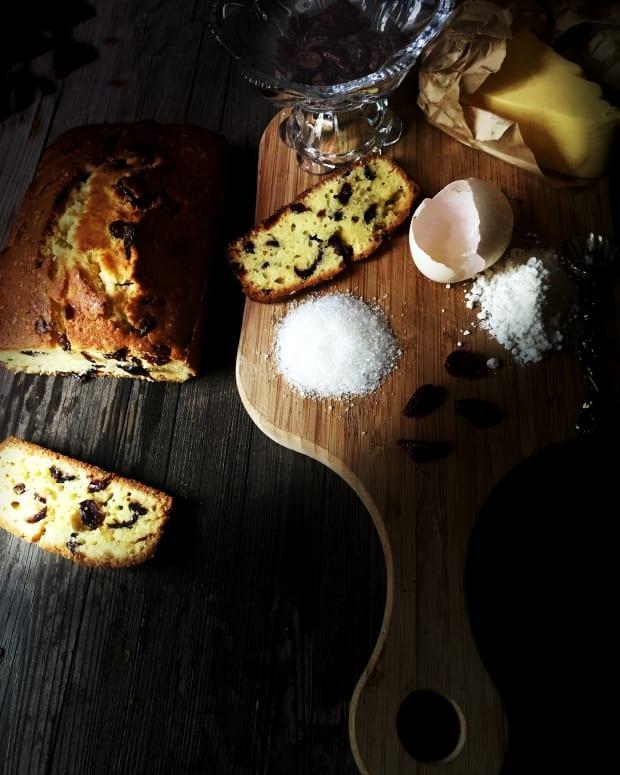exploring-pound-cake