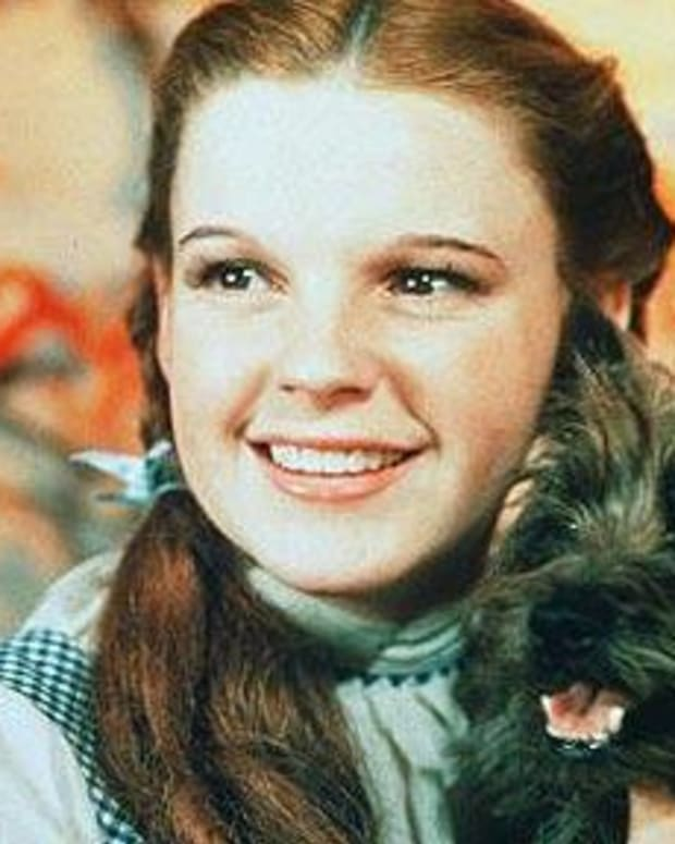 what-dog-played-toto-dorothys-pet-on-the-wizard-of-oz