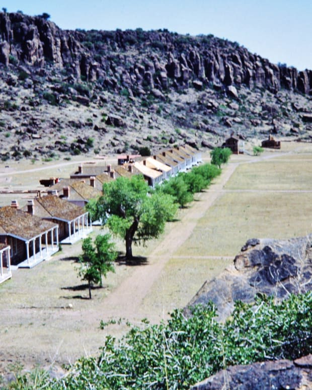 fort-davis-frontier-military-post-in-west-texas-national-historic-site