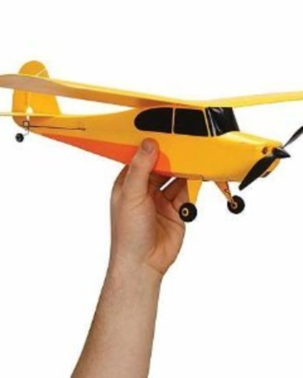 rc-trainer-airplane-review-the-hobbyzone-champ