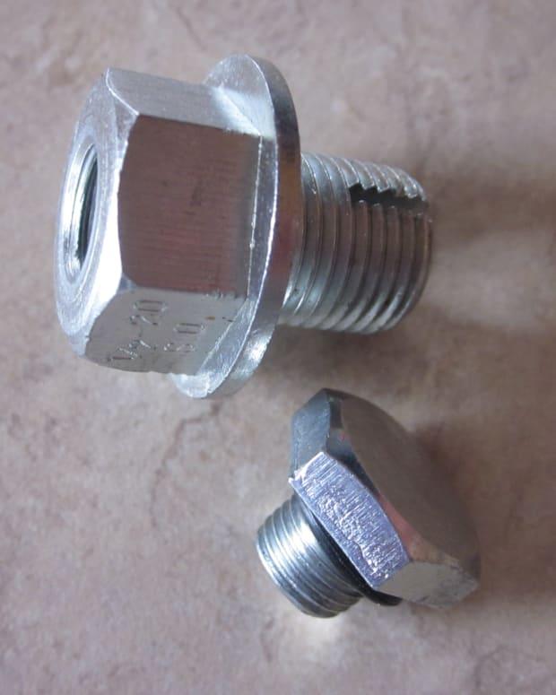 oil-pan-plug-easy-repair