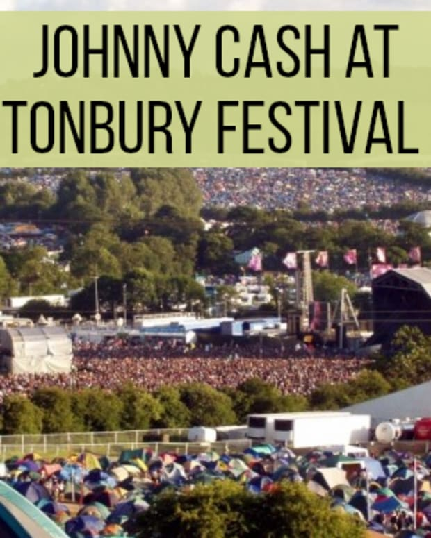 classic-concerts-johnny-cash-at-glastonbury-festival-1994