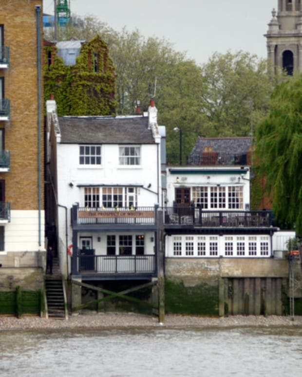 unusual-historic-pubs-in-london