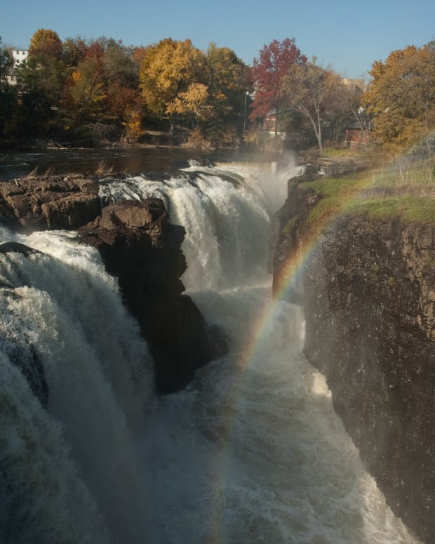 paterson-great-falls-national-historical-park-natural-beauty-and-urban-history