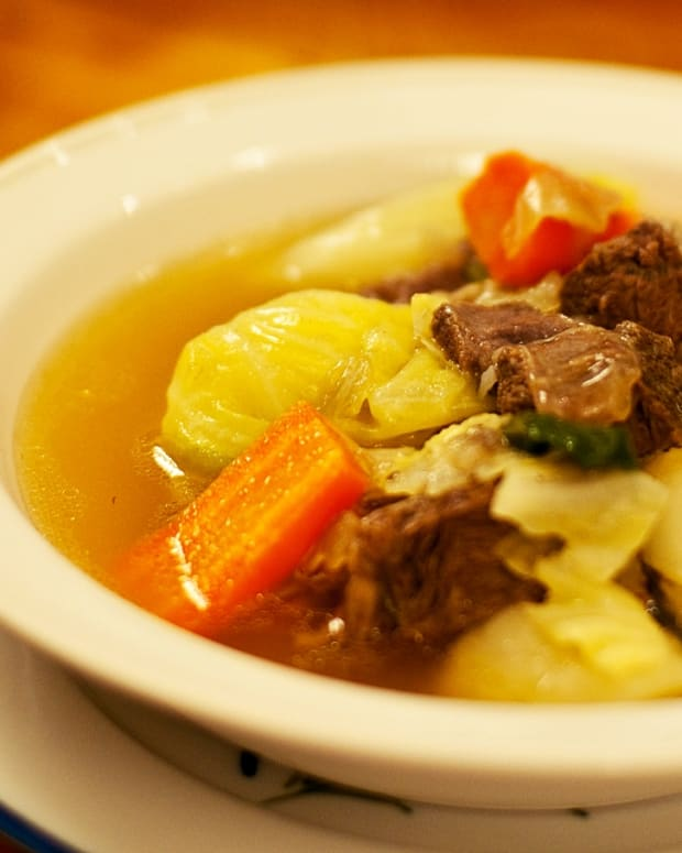 easy-recipe-for-philippine-nilaga-rich-filipino-meat-broth