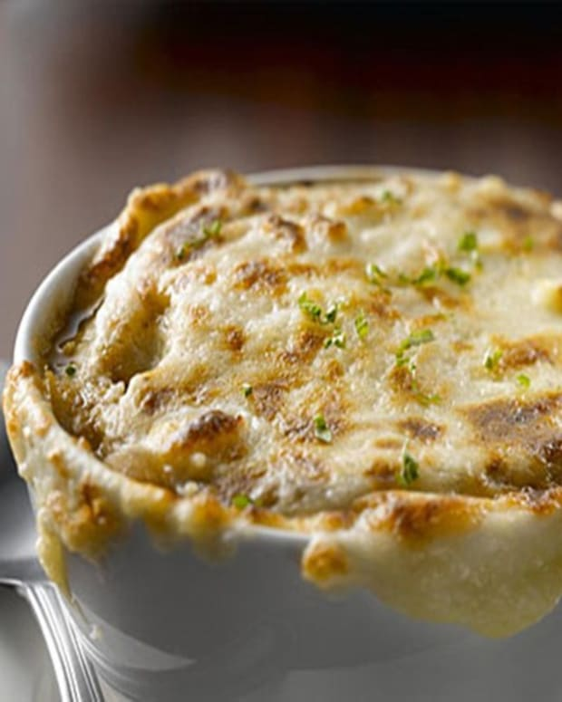 classic-french-onion-soup-recipe