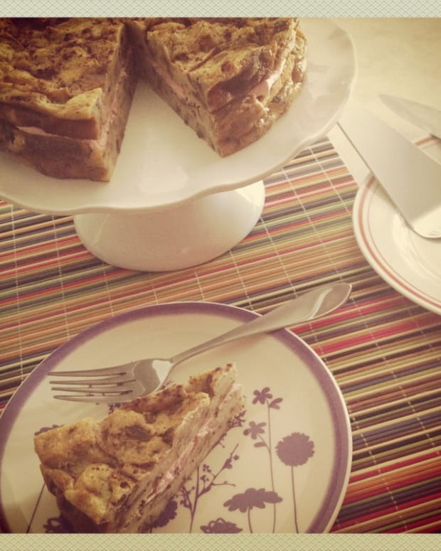 cinnamon-raisin-bread-pudding-cake