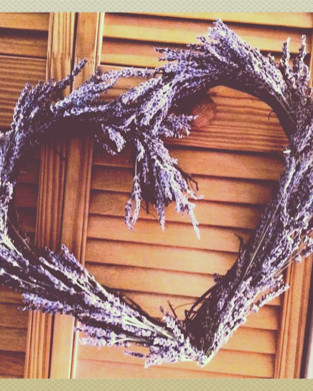 how-to-make-a-lavender-wreath