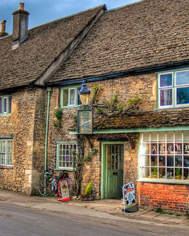 lacock-wiltshire-filming-location-for-harry-potter-and-tv-period-dramas