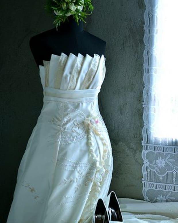 wedding-dresses-for-short-women