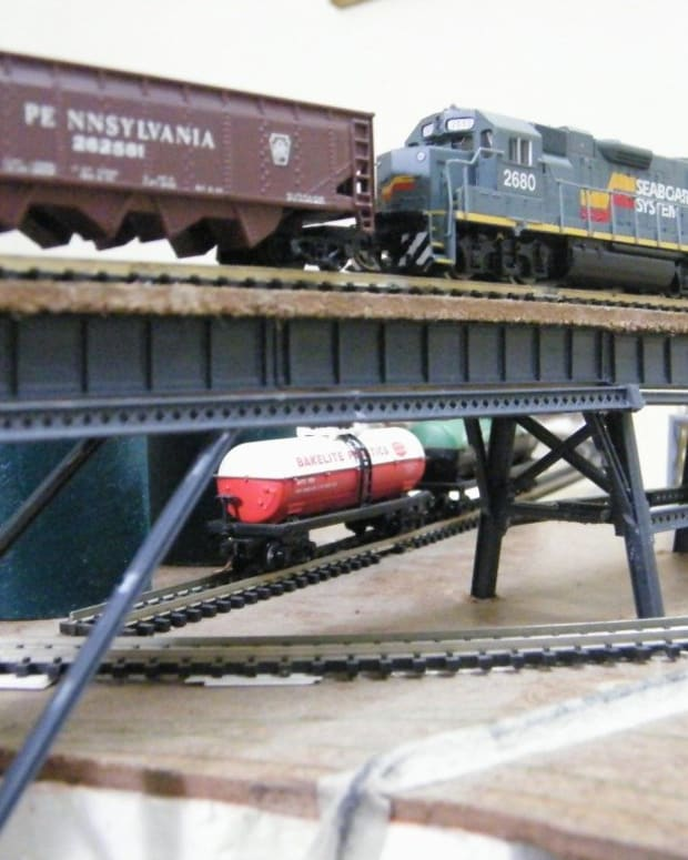 model-train-resource-n-scale-track-plans-for-shelf-layouts