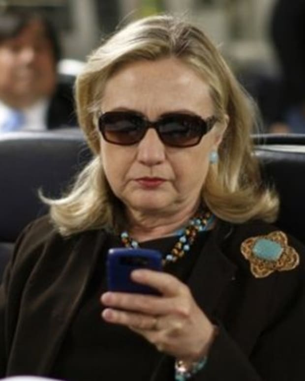 why-hillarys-emailgate-is-not-just-a-politicized-scandal