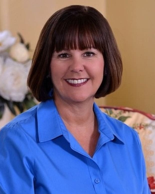 karen-pence-wife-of-vice-president