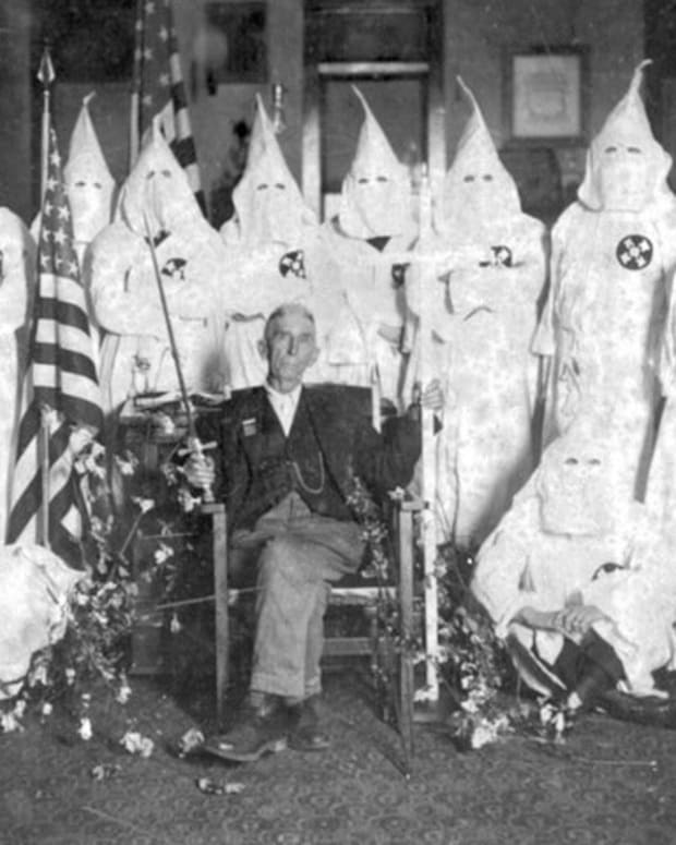 the-influence-of-american-politics-on-the-ku-klux-klan