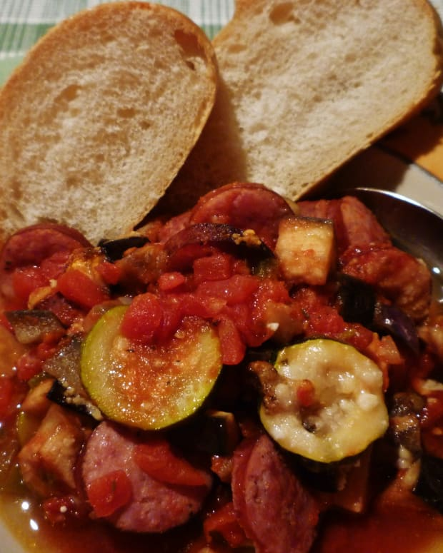 cheap-and-easy-dinner-easy-casserole-recipe-using-sausage-and-veggies