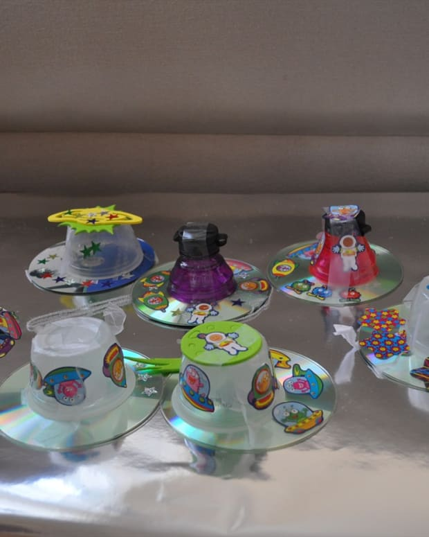 how-to-make-ufo-or-spaceship-crafts-for-kids