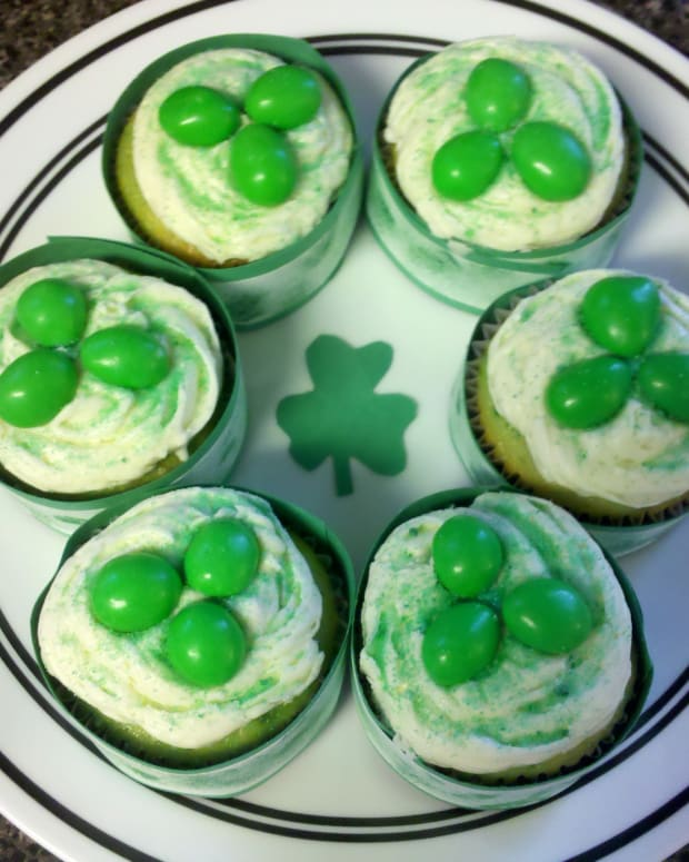 st-patricks-day-cupcakes-decorating-ideas-and-diy-wrappers