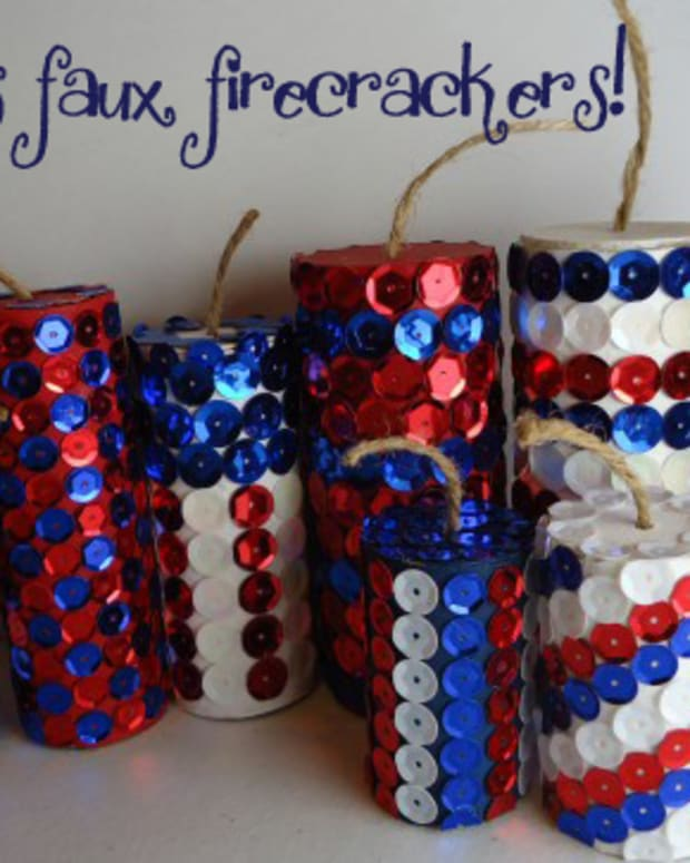 4th-of-july-crafts-how-to-make-a-sequin-firecracker
