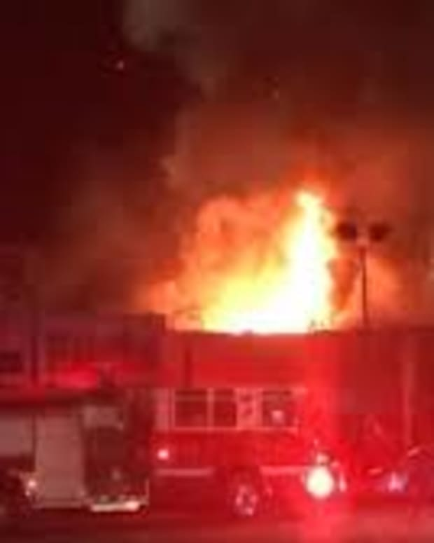 deadly-oakland-fire-reveals-agency-failures