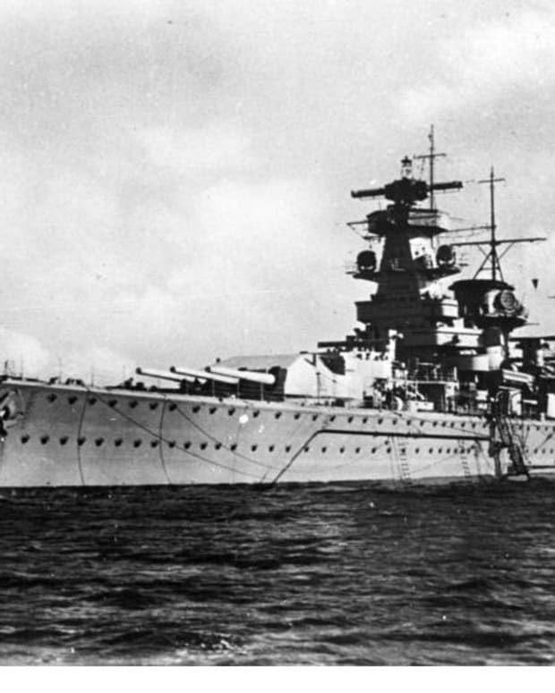 wwii-admiral-graf-spee-deceived-into-scuttling-in-the-river-plate-estuary