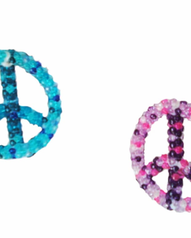 peace-sign-ornaments-bead-craft