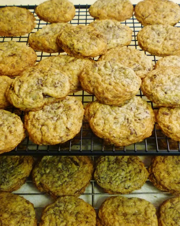 old-fashioned-cookies-from-my-grandma-chocolate-cookies-for-chocolate-lovers