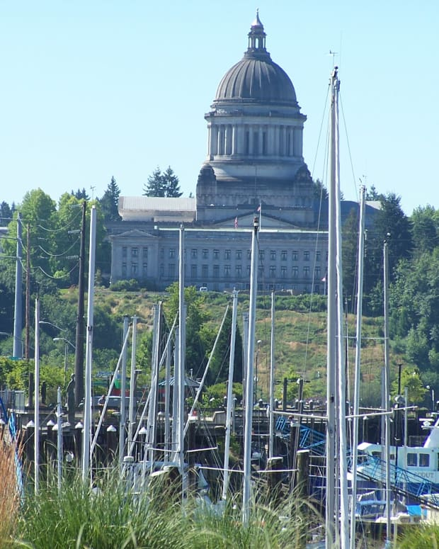 debunking-misconceptions-about-olympia-washington